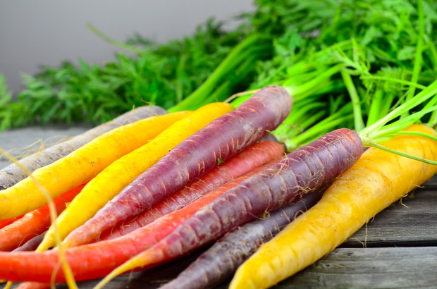 Roasted-multicolor-carrots1-620x410